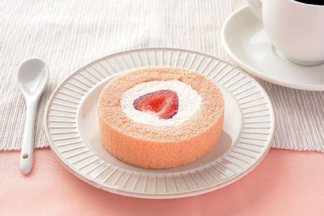 ローソン プレミアム あまおう苺のロールケーキ