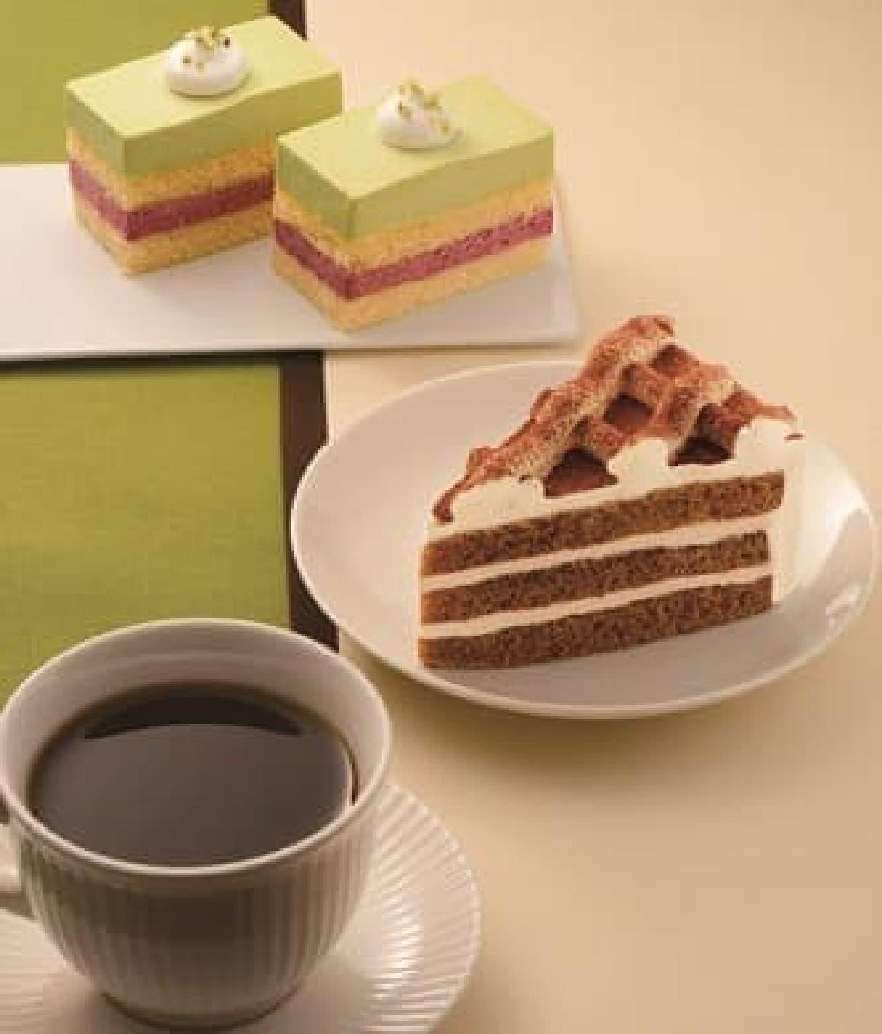 カフェ・ド・クリエ「ティラミスケーキ」「ピスタチオとカシスのムース」