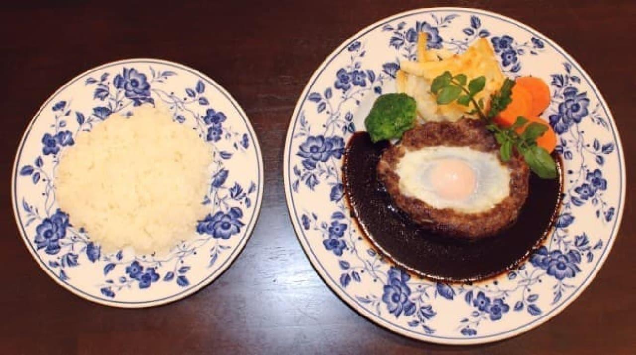 京橋モルチェ「ハンバーグステーキシュバール風」