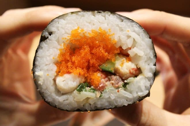 しゃぶしゃぶ温野菜「ズワイ蟹丸ごと恵方巻き」