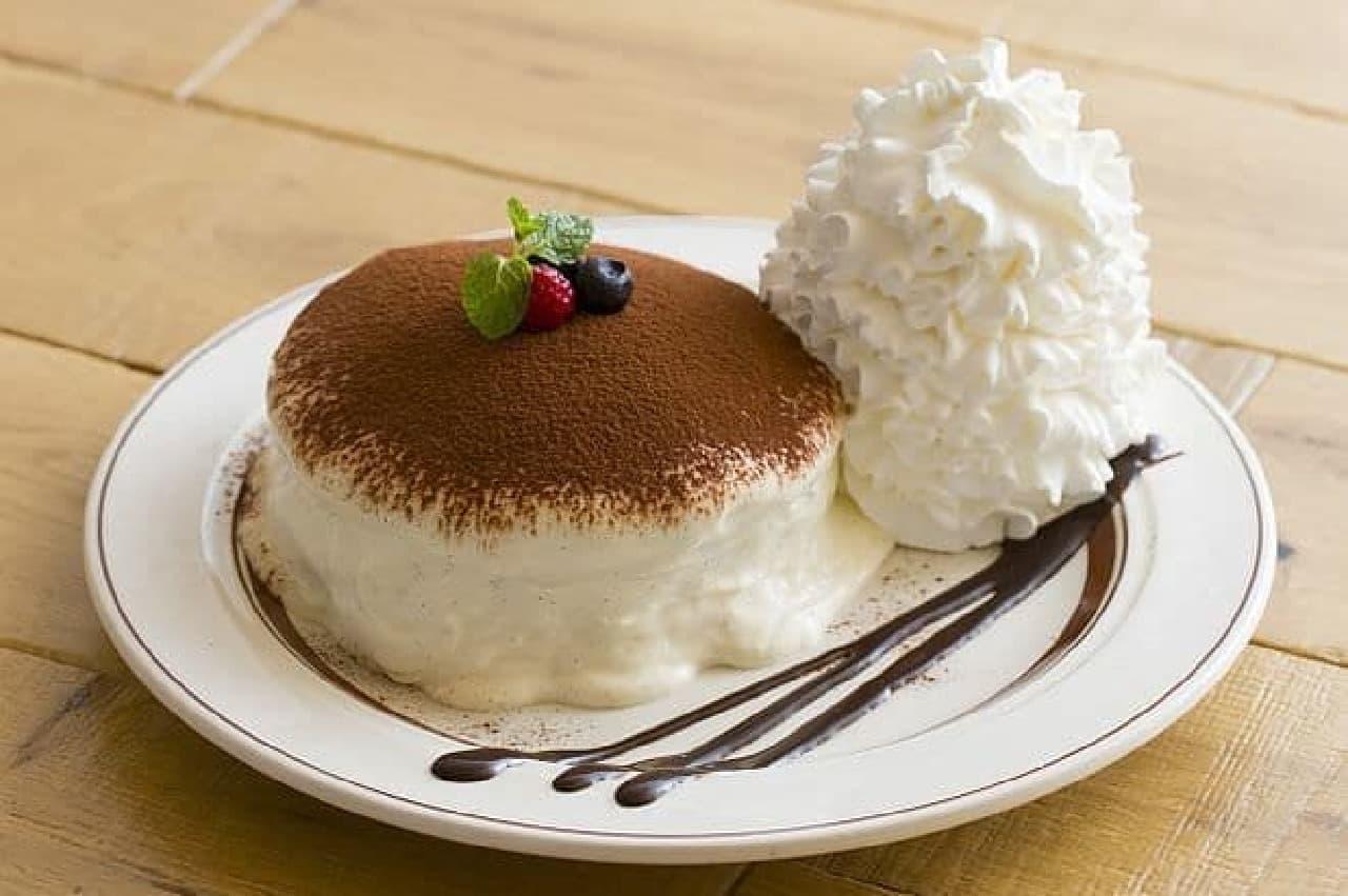 """エッグスンシングス「""""コナ""""ティラミスパンケーキ」"""