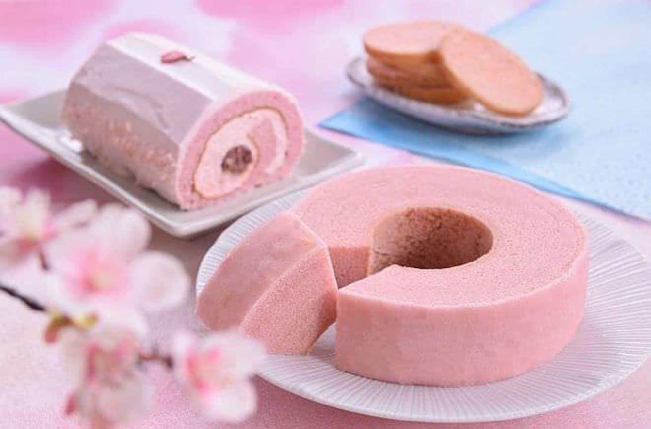 治一郎「桜のバウムクーヘン」「桜のロールケーキ」