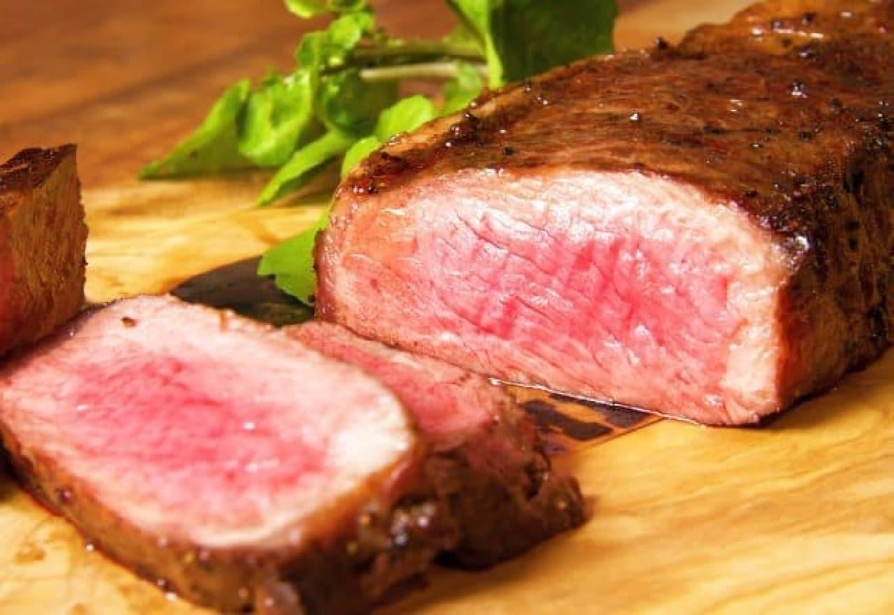 ランプキャップ「塊肉のサーロインステーキ」
