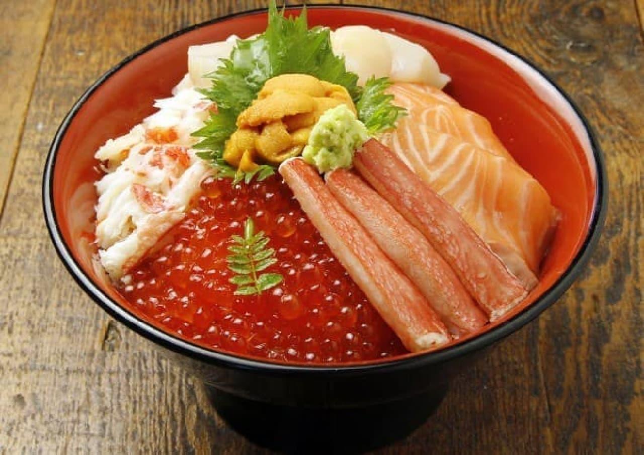 銀座大食堂 北海道 UEDAGUMI 「知床六宝海鮮丼」
