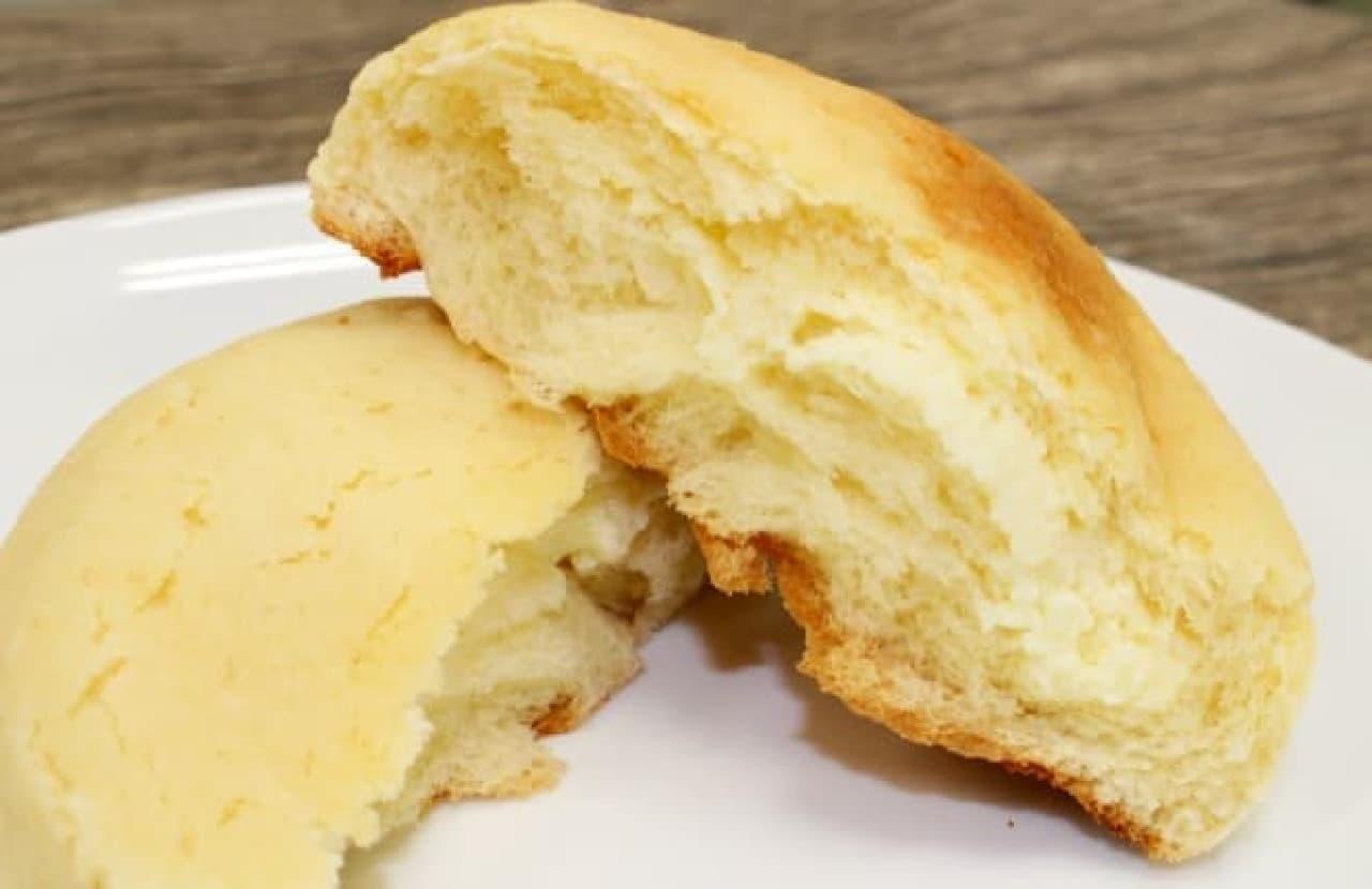 ローソン「チーズクリームメロンパン」