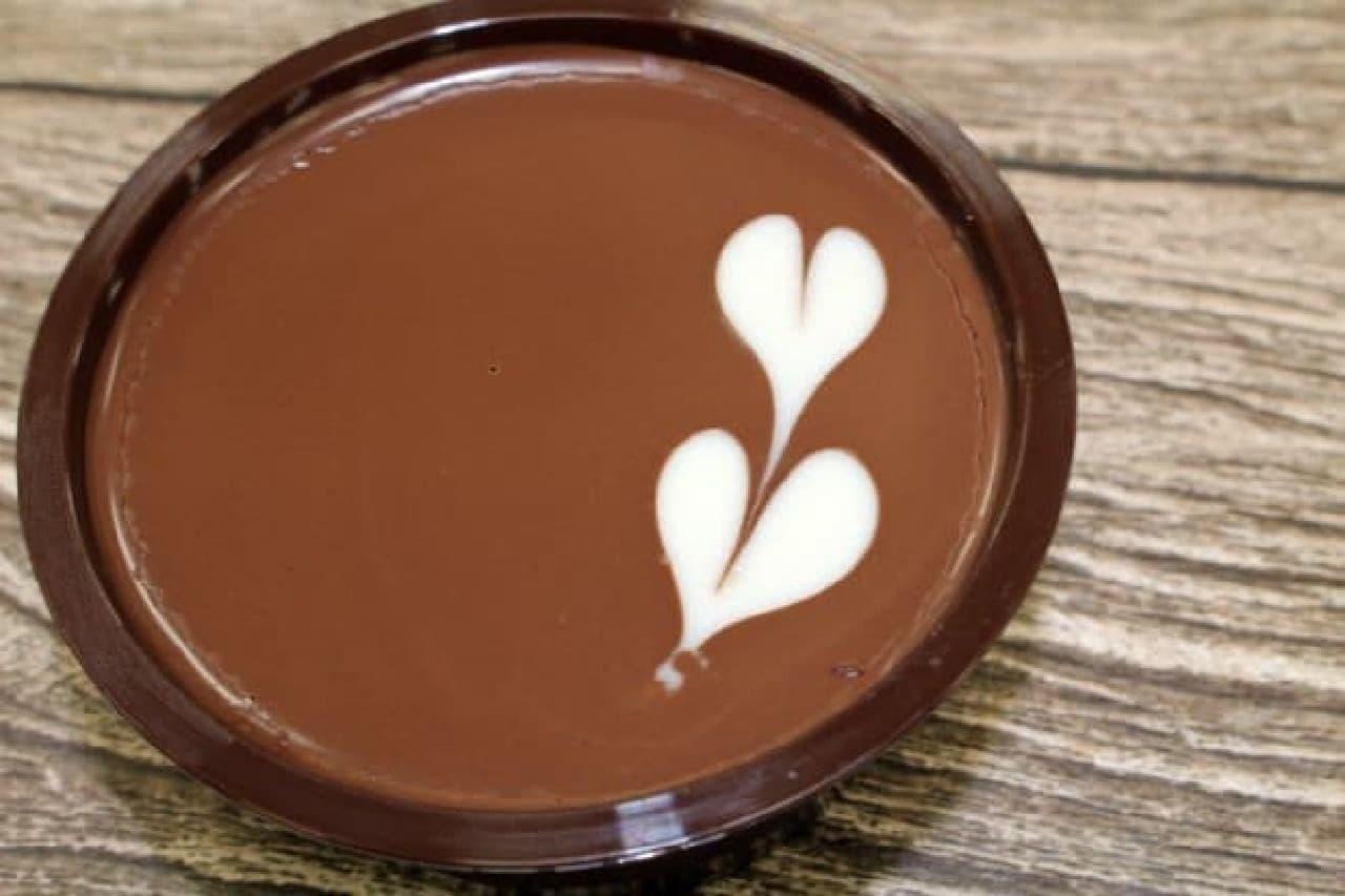 ファミリーマート「ラム香るチョコケーキ」