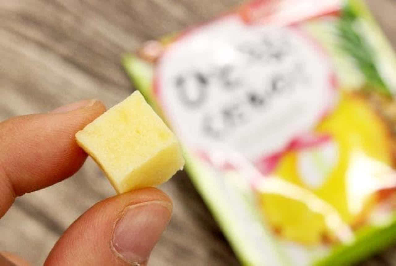 森永製菓「ひとつぶくだものグミ<パイナップル>」