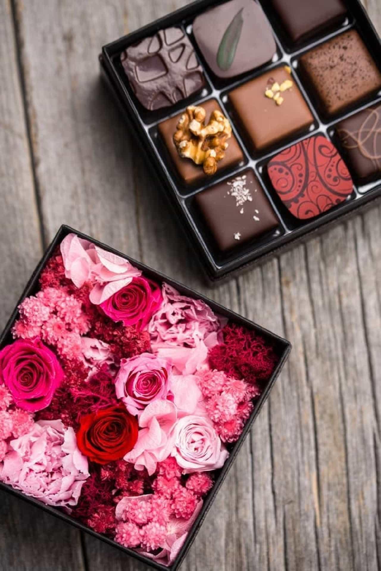 デカダンス ドュ ショコラは、厳選した材料を使用し、職人がひとつひとつ手作りしたショコラを販売するショコラトリー