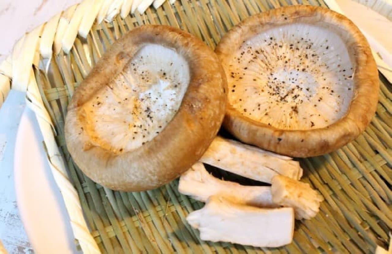 牛角赤坂店「岩手の菌床椎茸炙り焼き」
