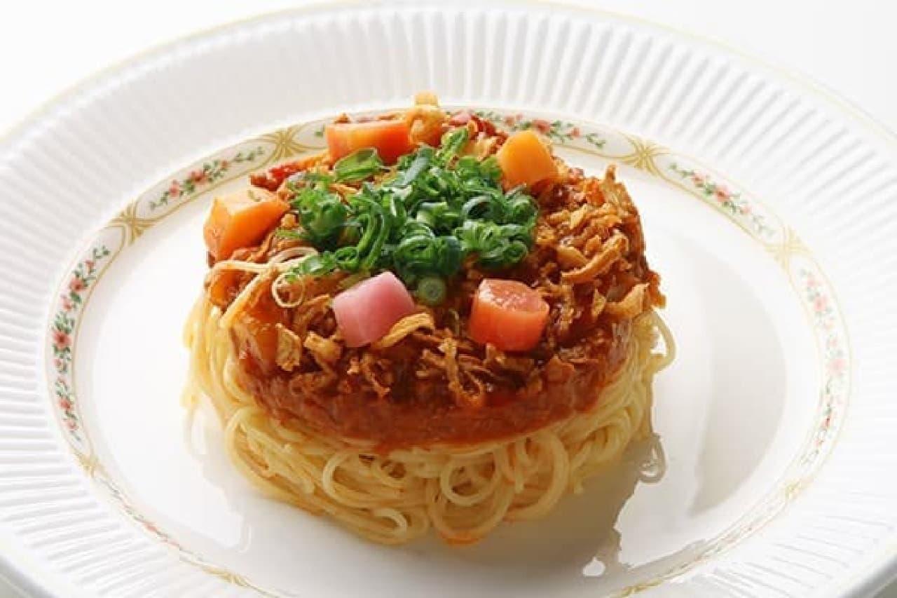 洋食とデザートのお店 ミエル「能登の食材を煮込んだミートソース版ナポリタン」