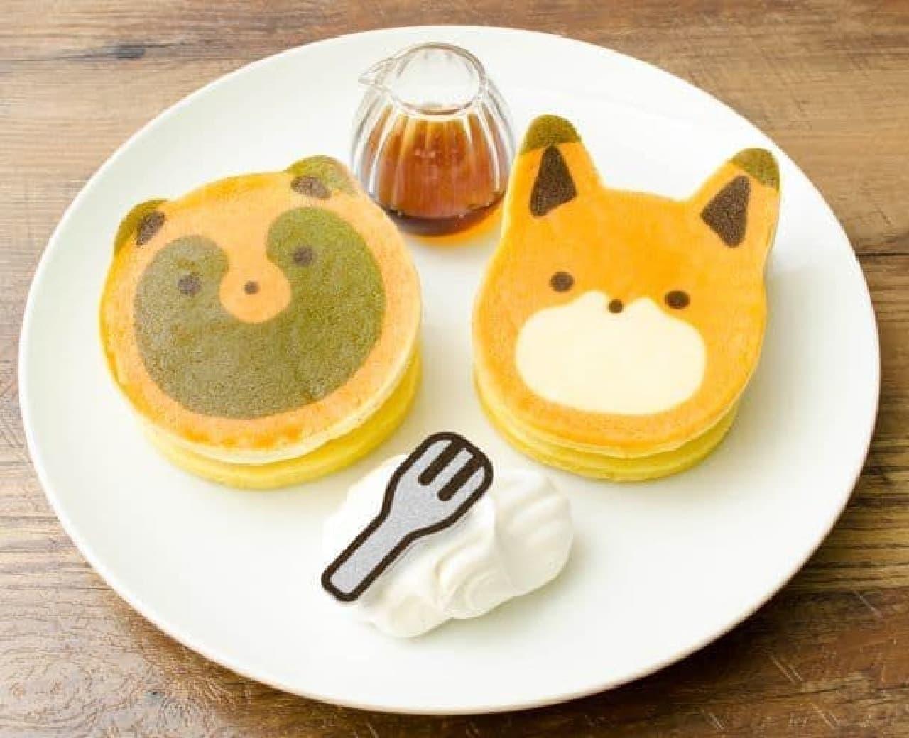 なかよしな二匹のかわいいパンケーキ
