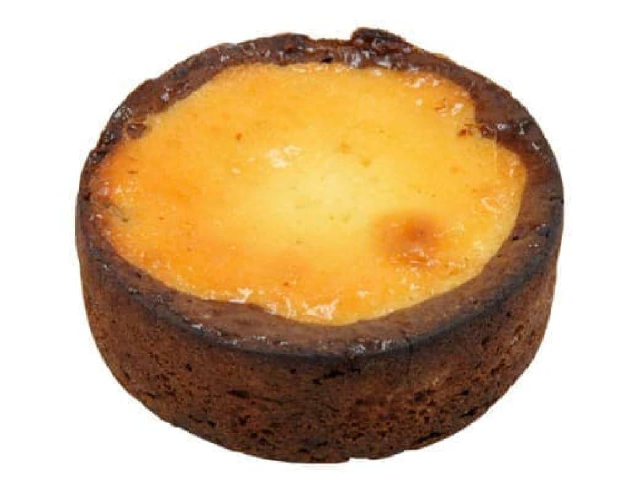 ローソン「チーズとショコラのタルト」
