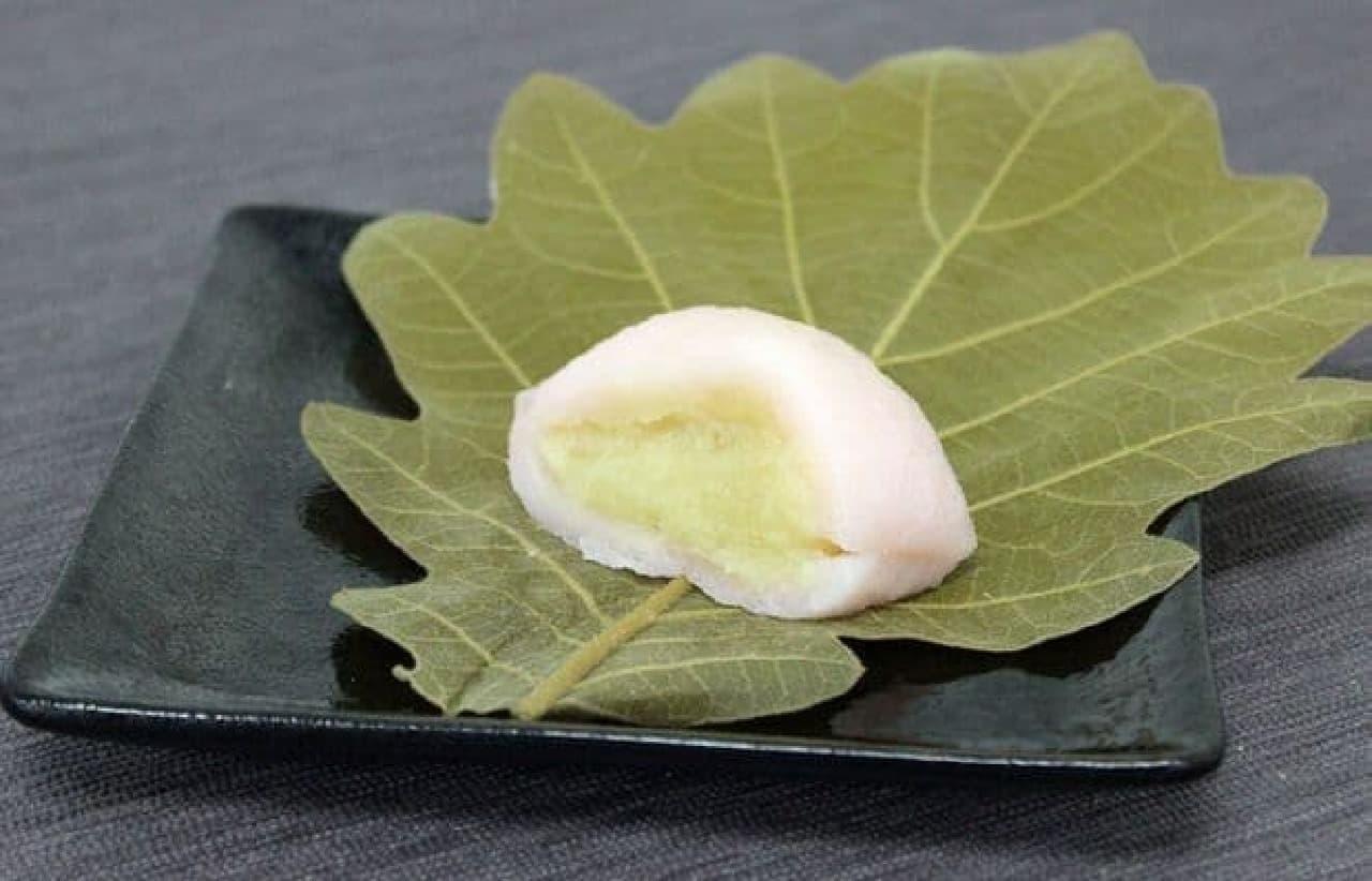 中目黒の和菓子屋「雅庵」の柏餅
