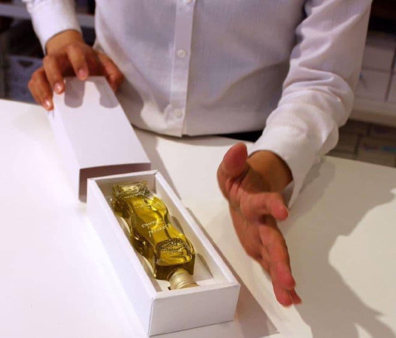 オリーブオイル量り売りの「VOM FASS」代官山店でオリーブオイルを購入