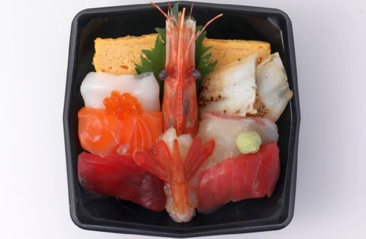 築地寿司清「大ボタン海老入り弁当」