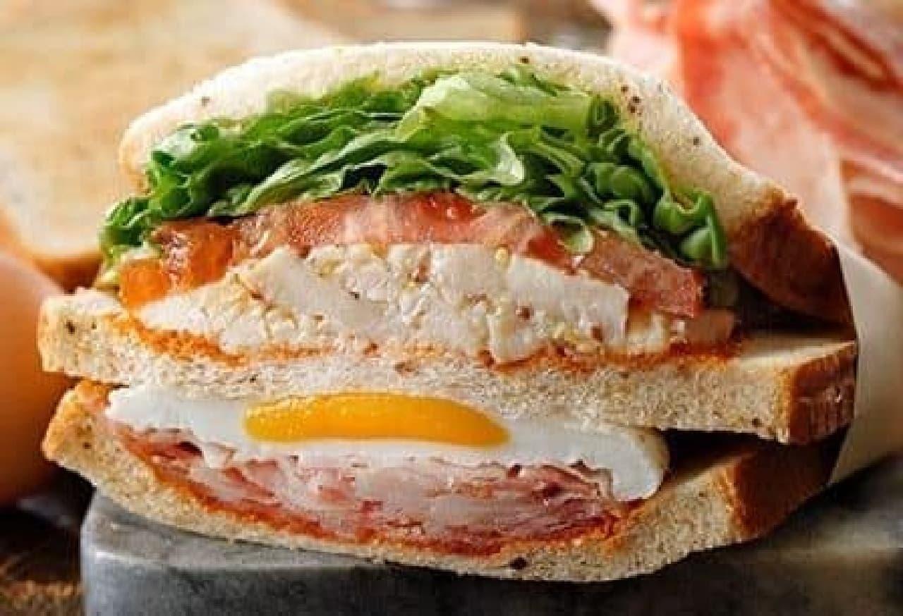 スターバックス コーヒー「クラブハウスサンドイッチ」