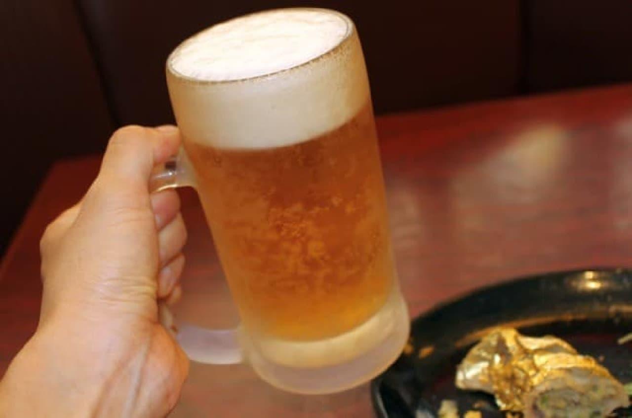餃子の安亭(あんてい)新宿思い出横丁店「開運★ドリームジャンボ餃子」