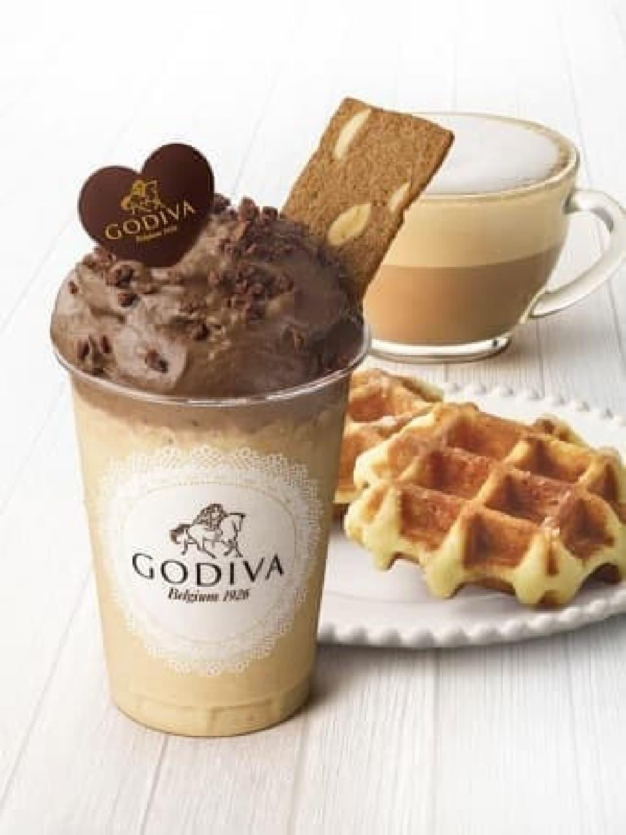 ゴディバに「デザートドリンク ムースショコラ カフェ ワッフル」