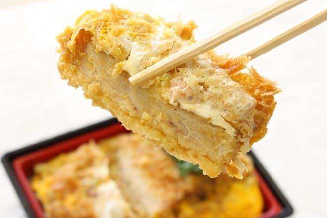 イトーヨーカドー「こだわり新鮮たまごのロースかつ丼」