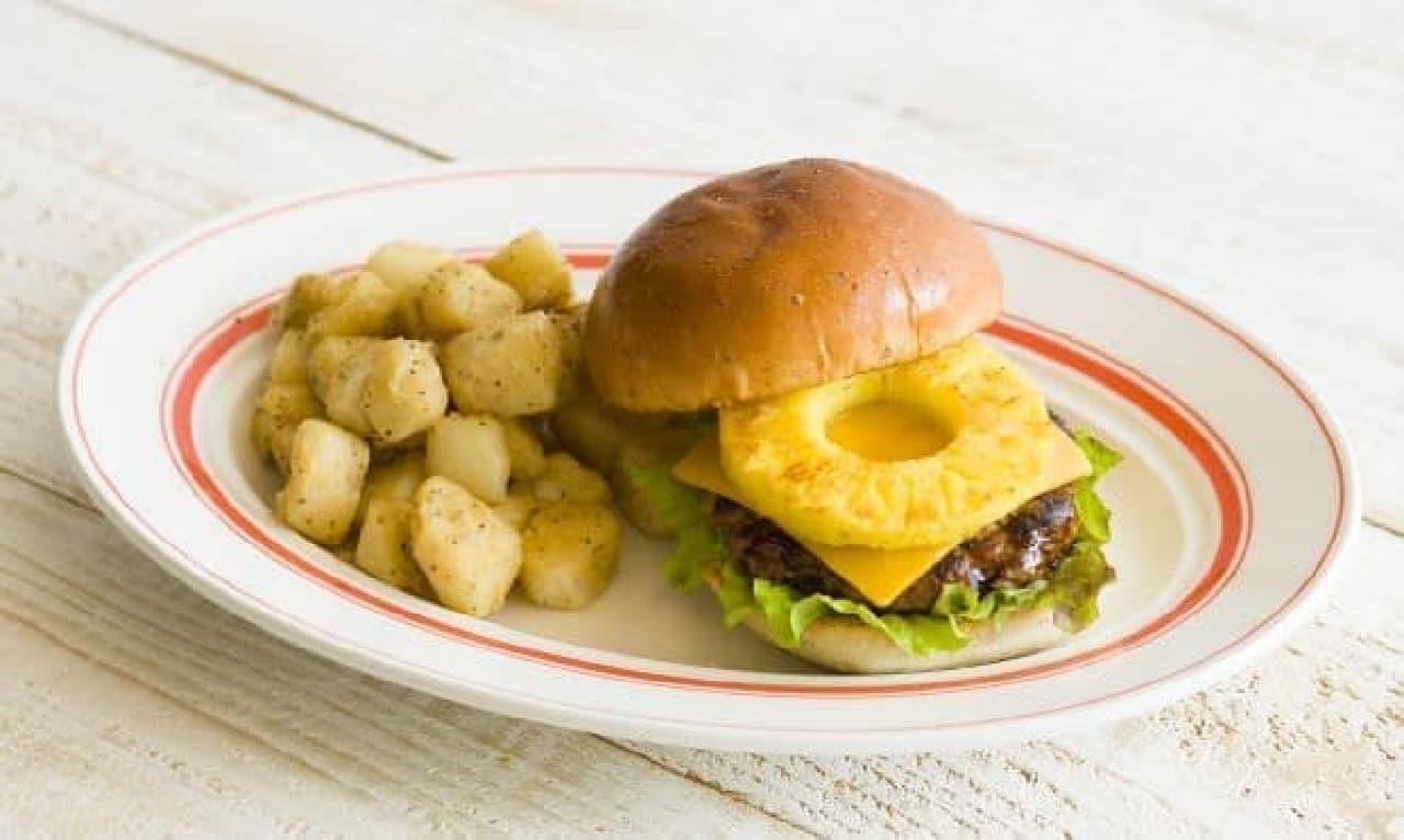 「パイナップルバーガー」は、ハンバーグの上にパイナップルを乗せ、BBQソースをたっぷりと絡めたハンバーガー