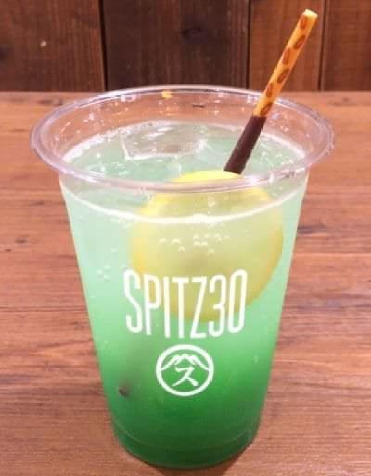 「SPITZ 30th ANNIVERSARY CAFE」は結成30周年を迎えるスピッツの全シングル集発売を記念して開催されるカフェ