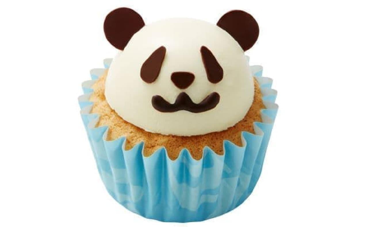 「カップ ア ラ モード(パンダ)」はパンダがデザインされたカップケーキ