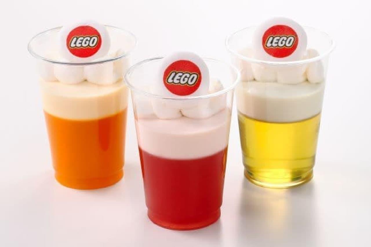 「ゼリームース(マンゴー/いちご/マスカット)」は、LEGOのロゴマークの入ったマシュマロがのったゼリームース