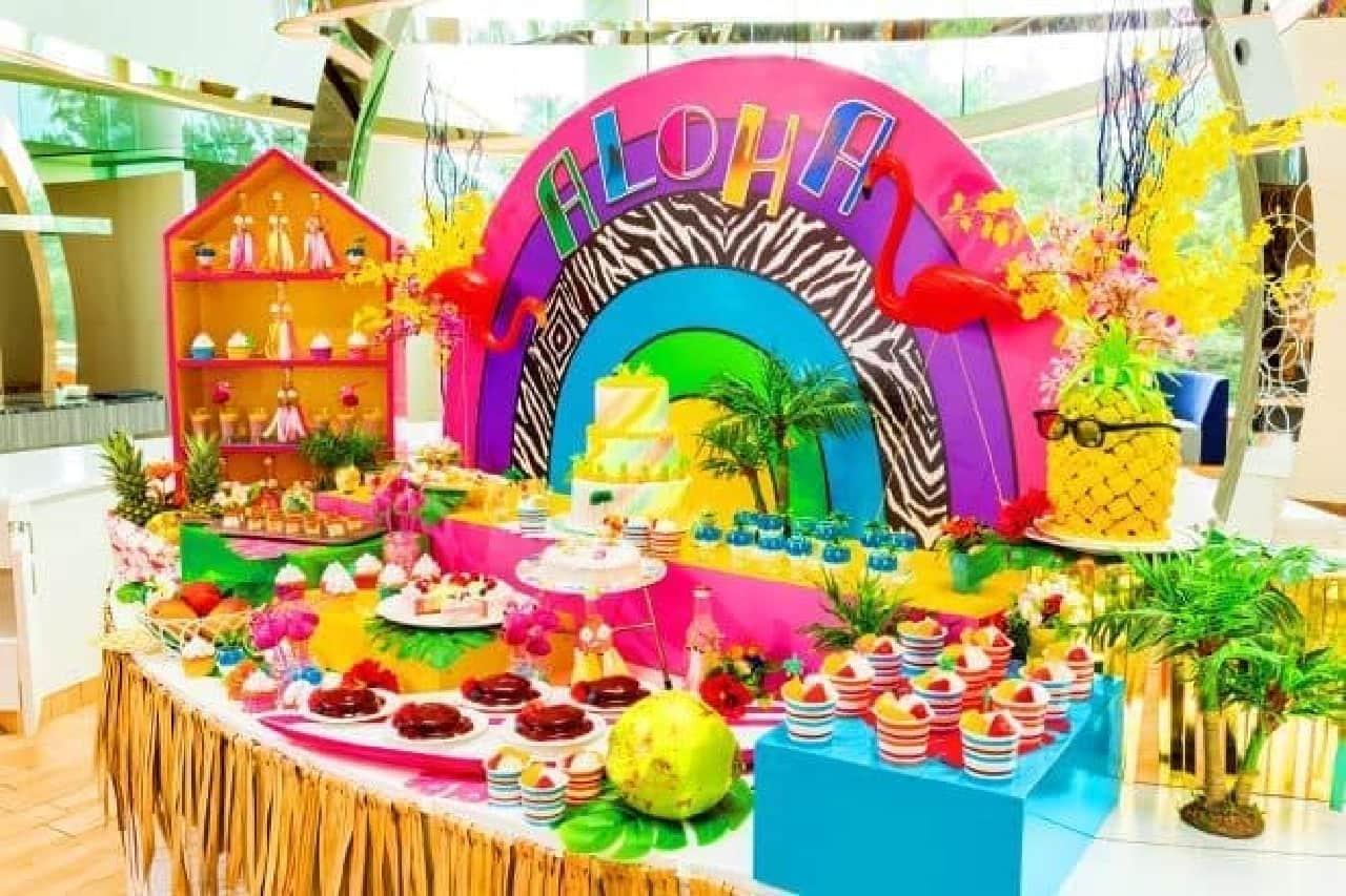 """ハワイアン・パラダイスは、""""日本一番奇抜なハワイアンスイーツ""""を目指したデザートブッフェ。"""