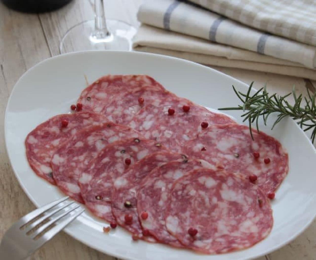 「ナポリサラミスライス」は、乳酸菌発酵の南イタリアサラミ
