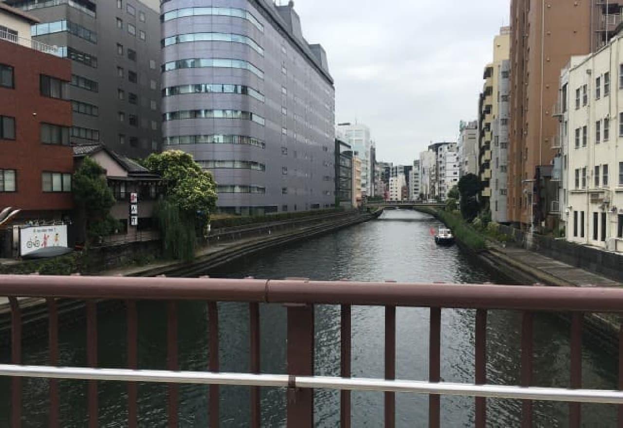 津々井「トロトロオムライス」