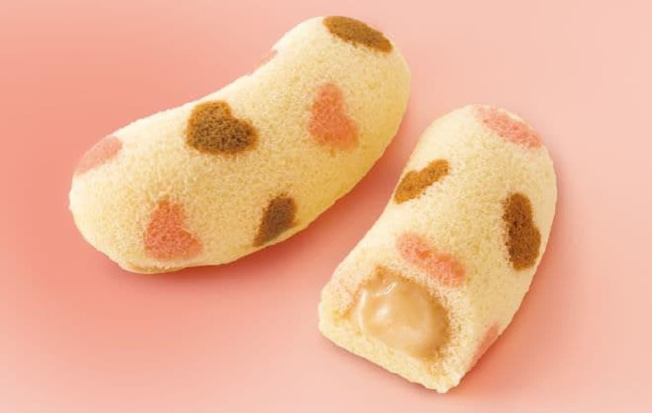 東京ばな奈ハート メープルバナナ味は、デザインがかわいくハートフルで人気な商品