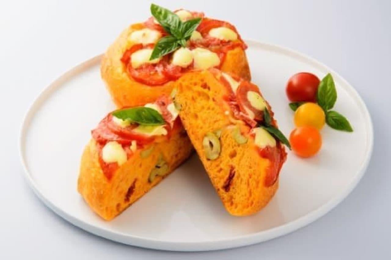 トマトをテーマにしたメニューが揃う「トマトフェスタ」が、横浜高島屋で開催される。