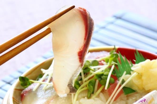イトーヨーカドー「お手軽!旬の海鮮丼(かんぱち)」