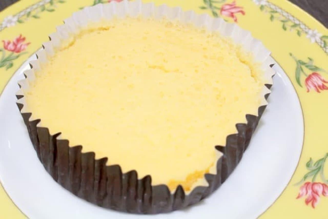 ローソン「スプーンで食べる くちどけ濃厚チーズ」