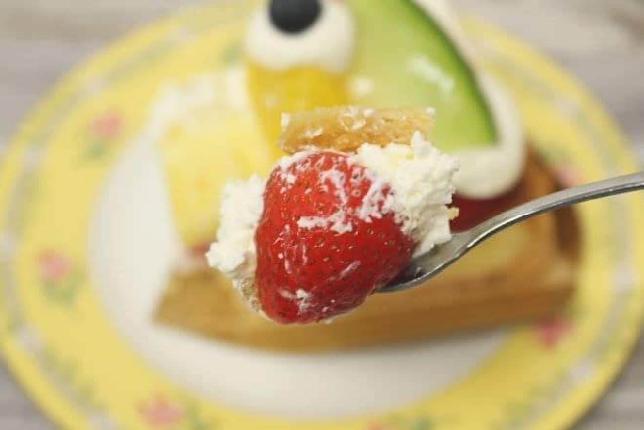 「いろいろタルト」は様々なフルーツがたっぷりトッピングされたタルト
