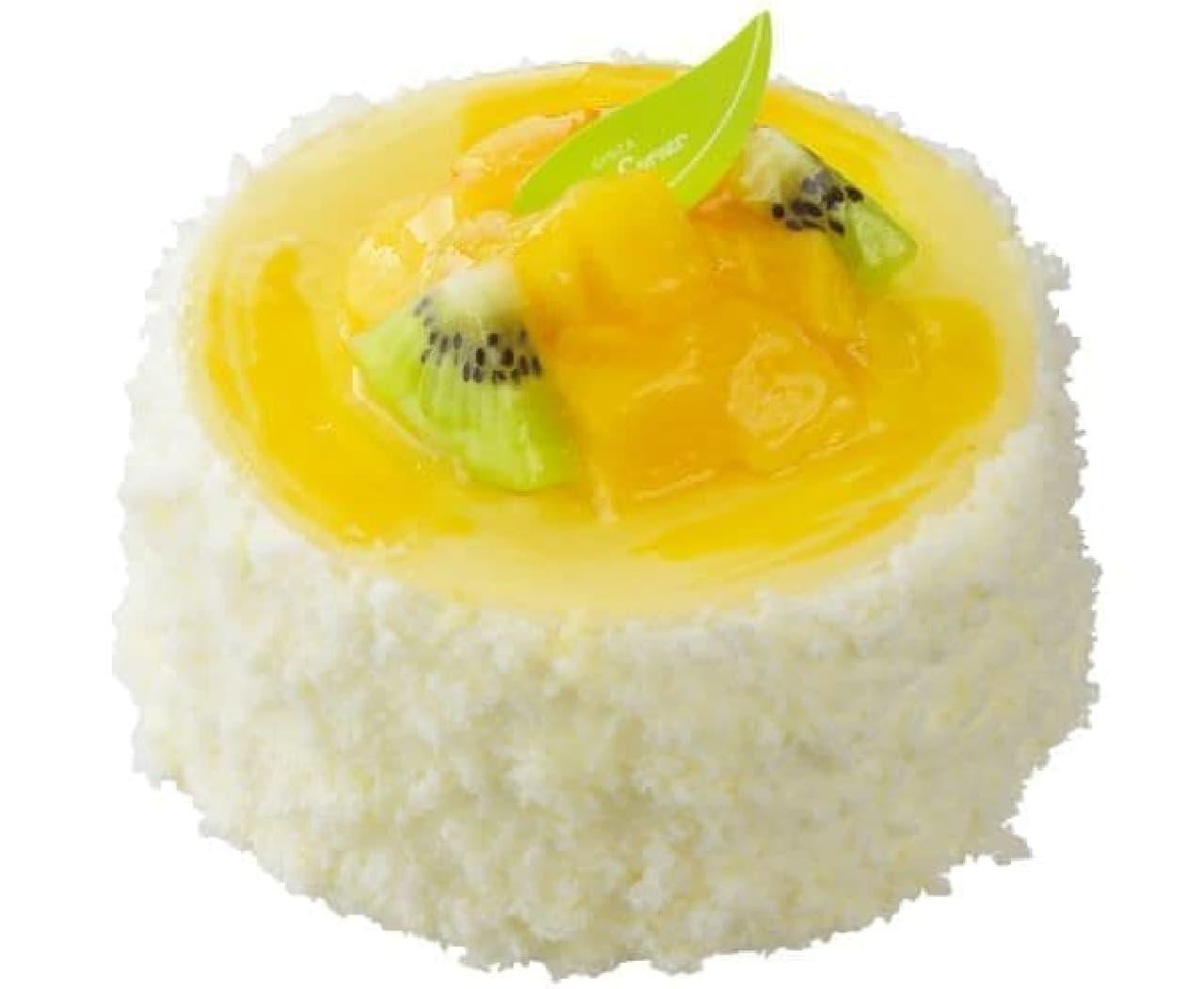 「トロピカルレアチーズ(3.5号)」は、マンゴーとマンゴージャムのうえに爽やかな酸味のチーズムースが重ねられたスイーツ