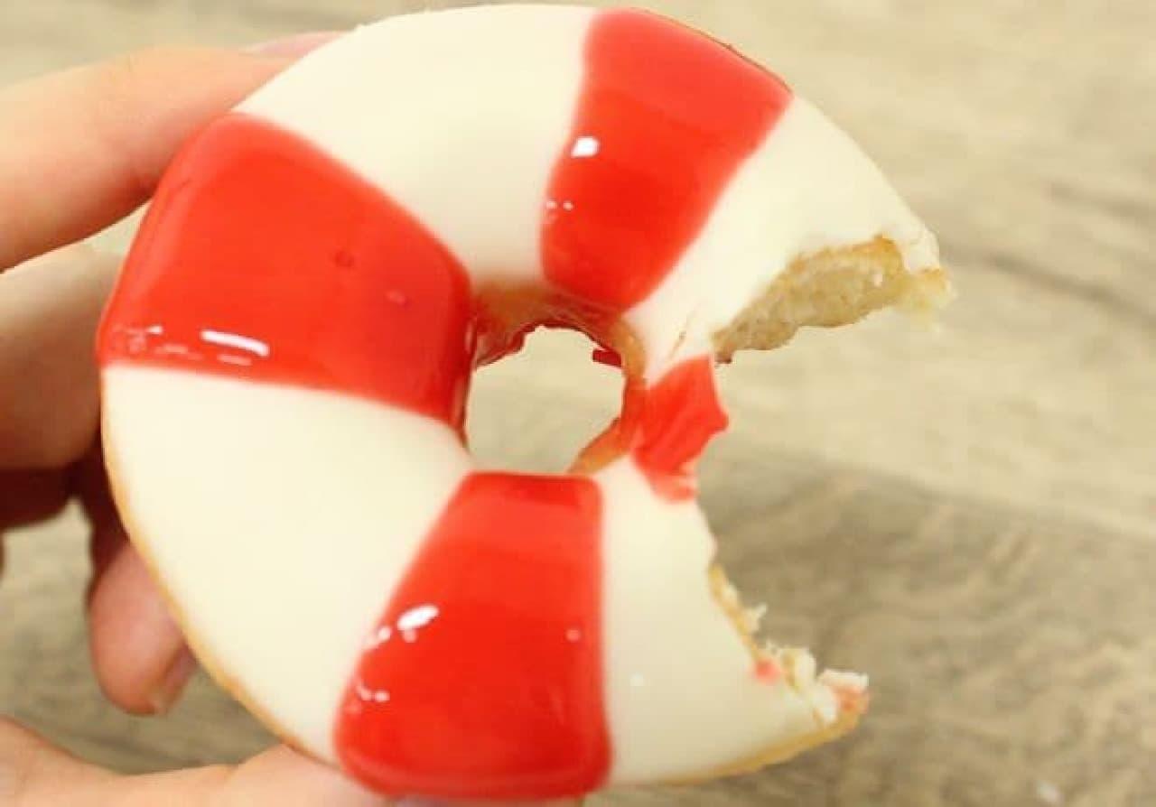 「サマー ミニ ボックス」は小さなクリスピー・クリーム・ドーナツ5種類がセットになったセット