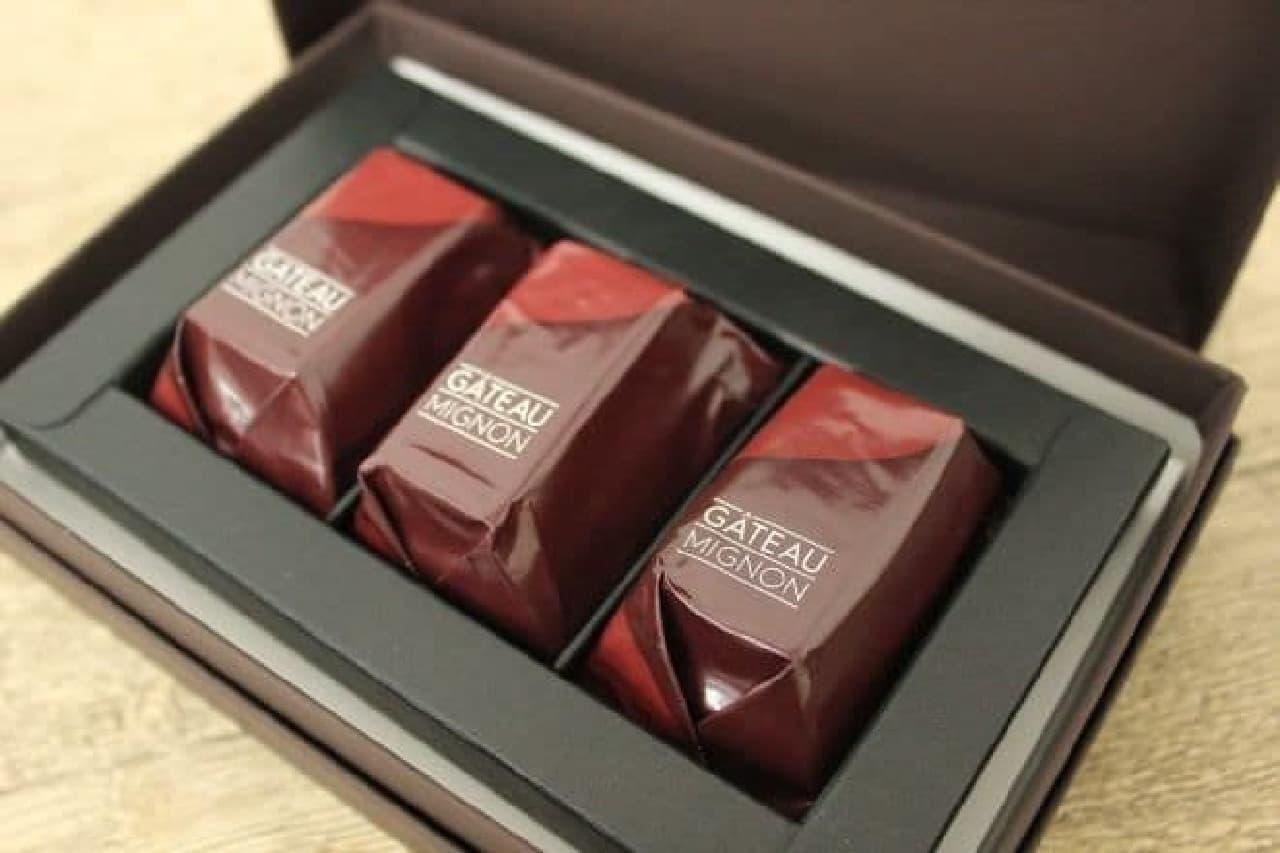 キットカット ショコラトリー ガトーミニョンは3個入りで1,458円