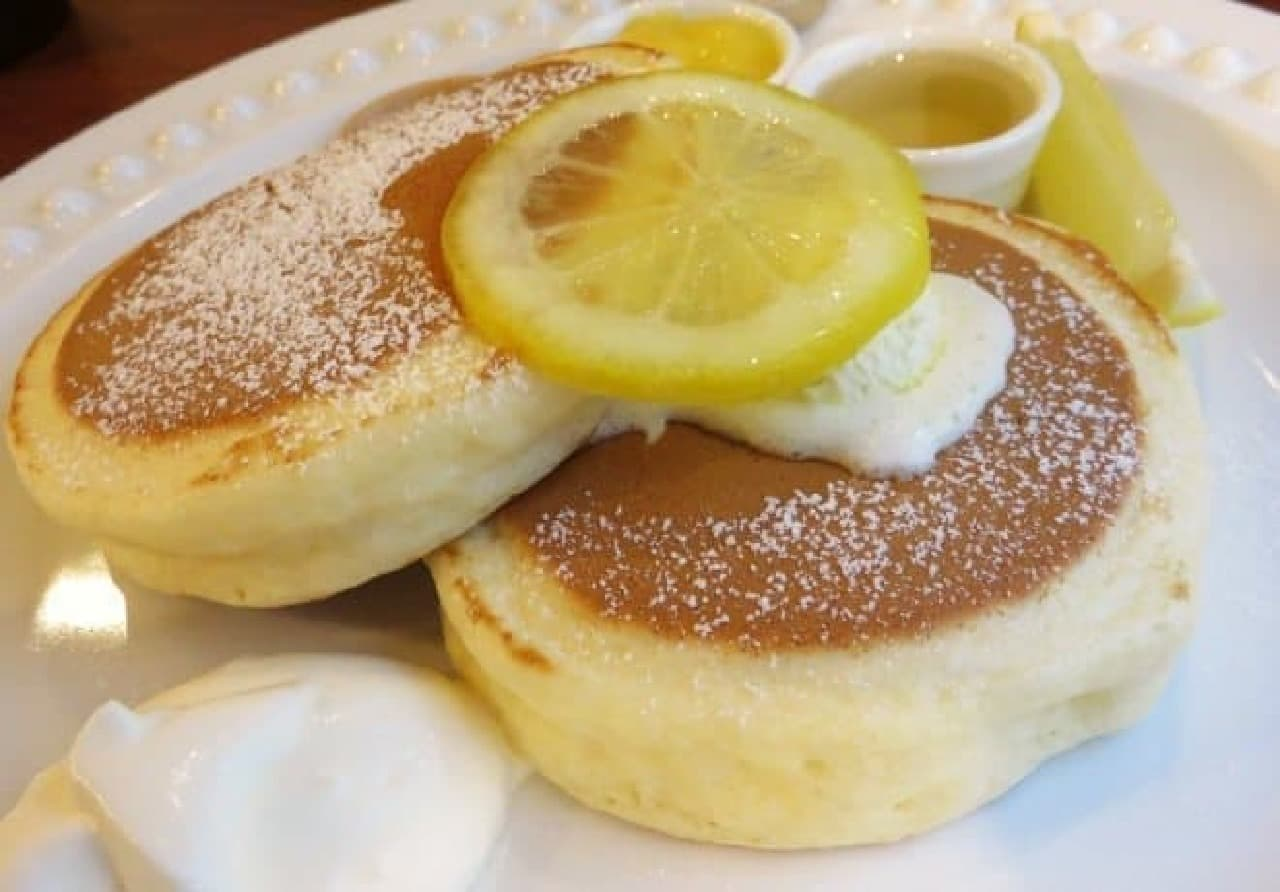 カフェ・オーレ「レモンのパンケーキ」