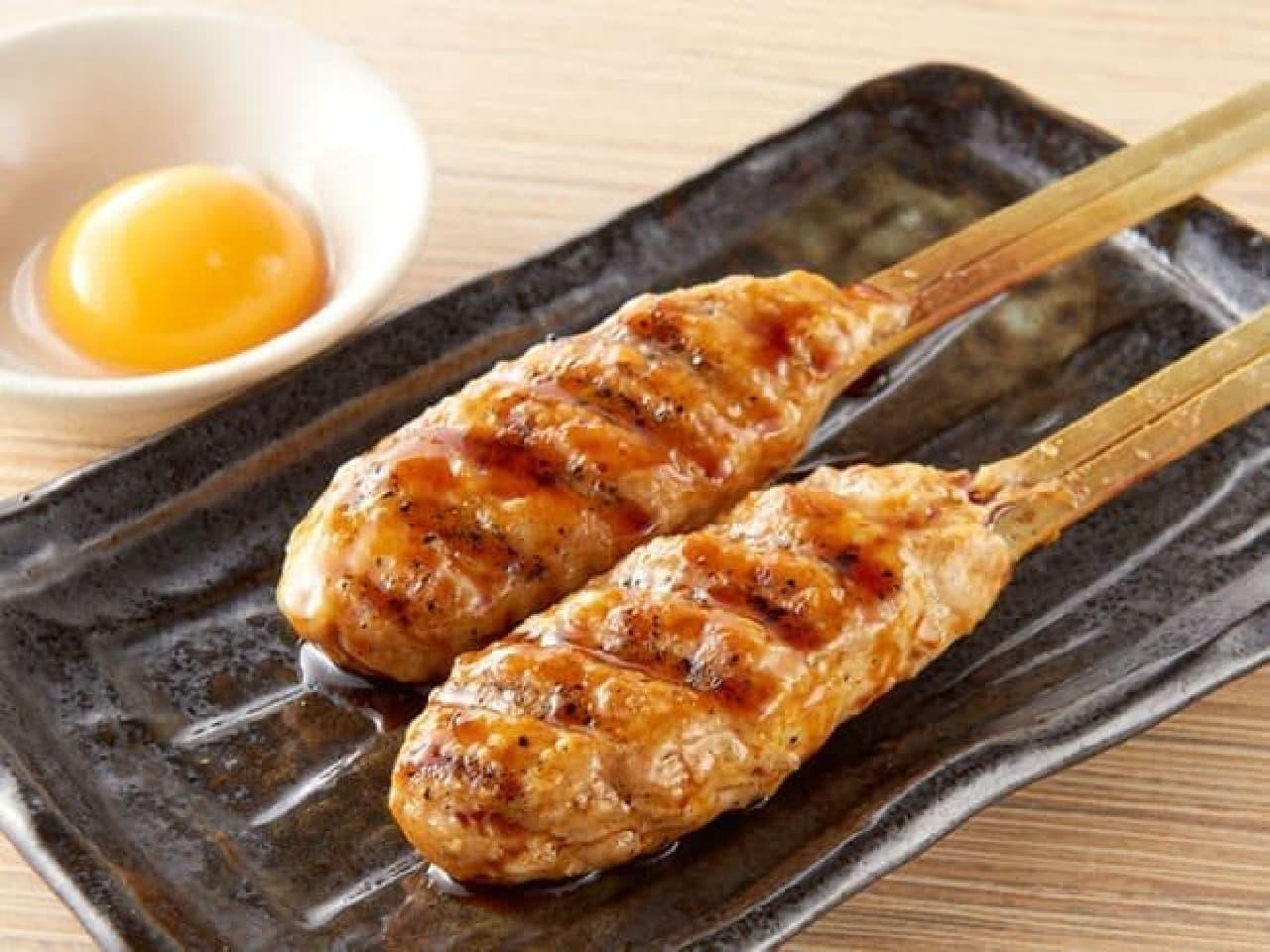 卵黄とつくねの美味しそうな焼き鳥