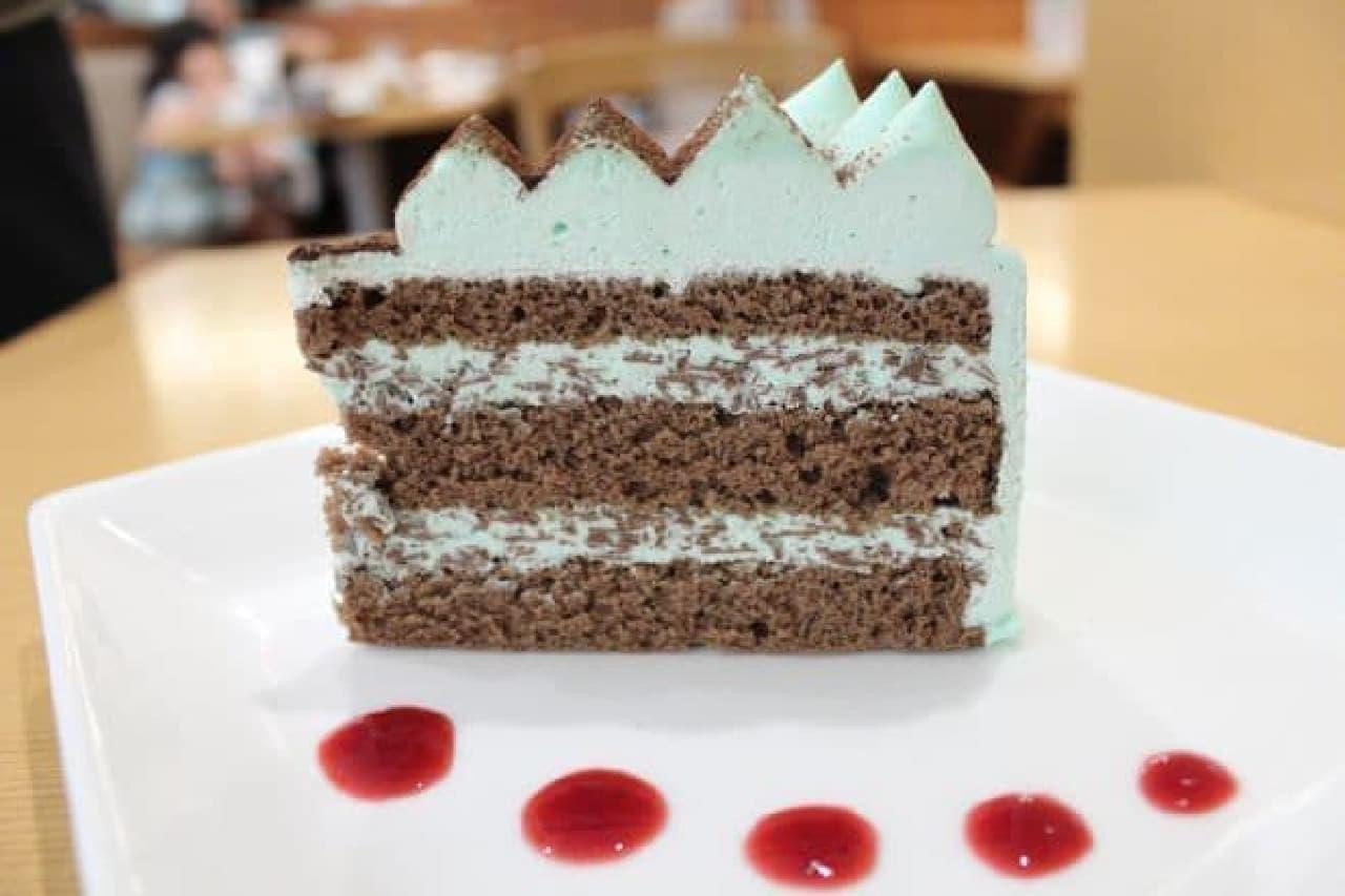 ダッキーダックで販売されている「チョコミントショートケーキ」