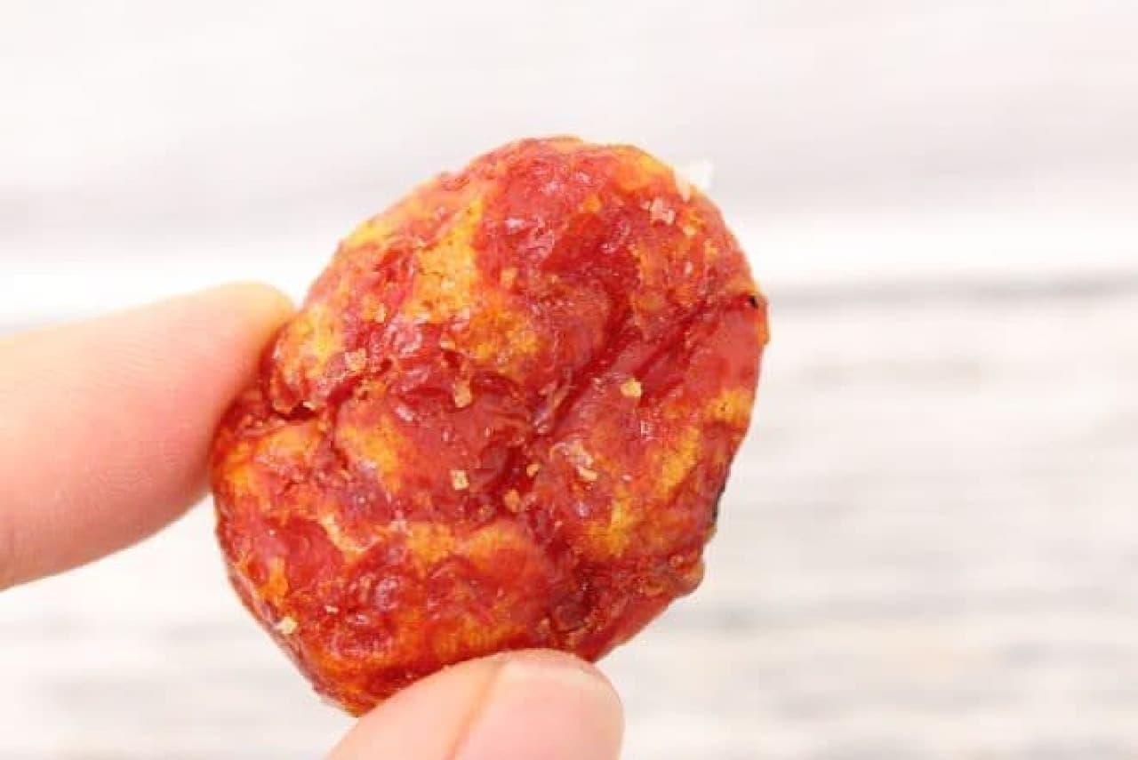 「麻布十番 あげもち屋」の「夏野菜あげ」にはいっているミニトマト