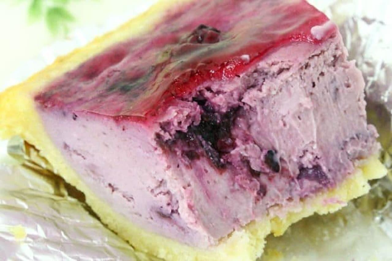 麻布チーズケーキ Cinq Cinq「ブルーベリーチーズケーキ」
