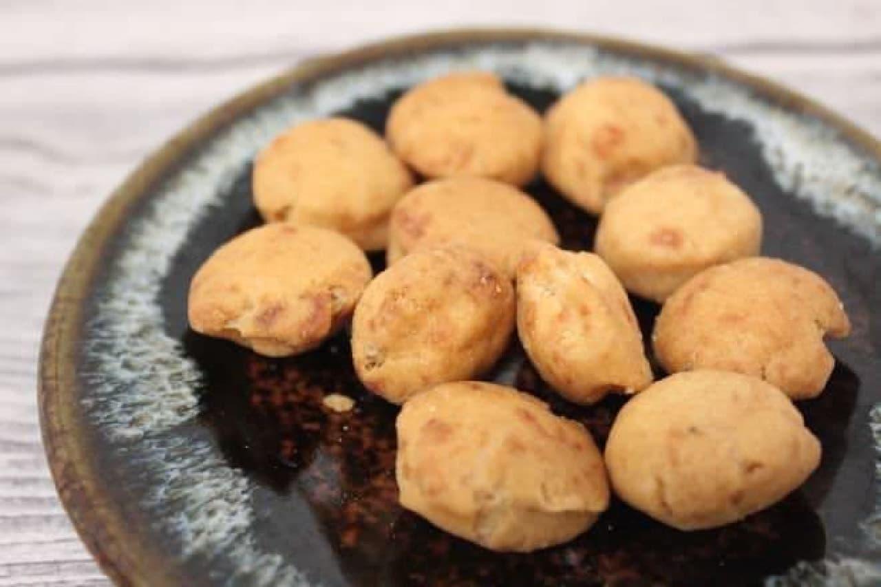 白胡麻大豆は、胡麻の風味が強く感じられる胡麻好きさんにはたまらない一品