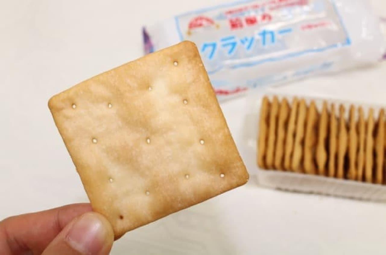 「あたり前田のクラッカー」のフレーズでおなじみ、前田製菓のランチクラッカー