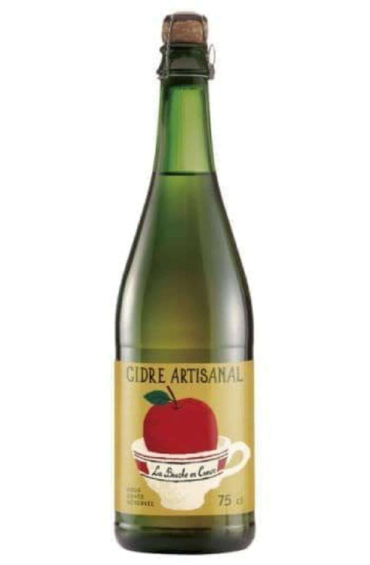 ヴァル・ド・ランス シードル アルティザン ドゥーは、厳選された3種類のリンゴのみが使用されたシードル