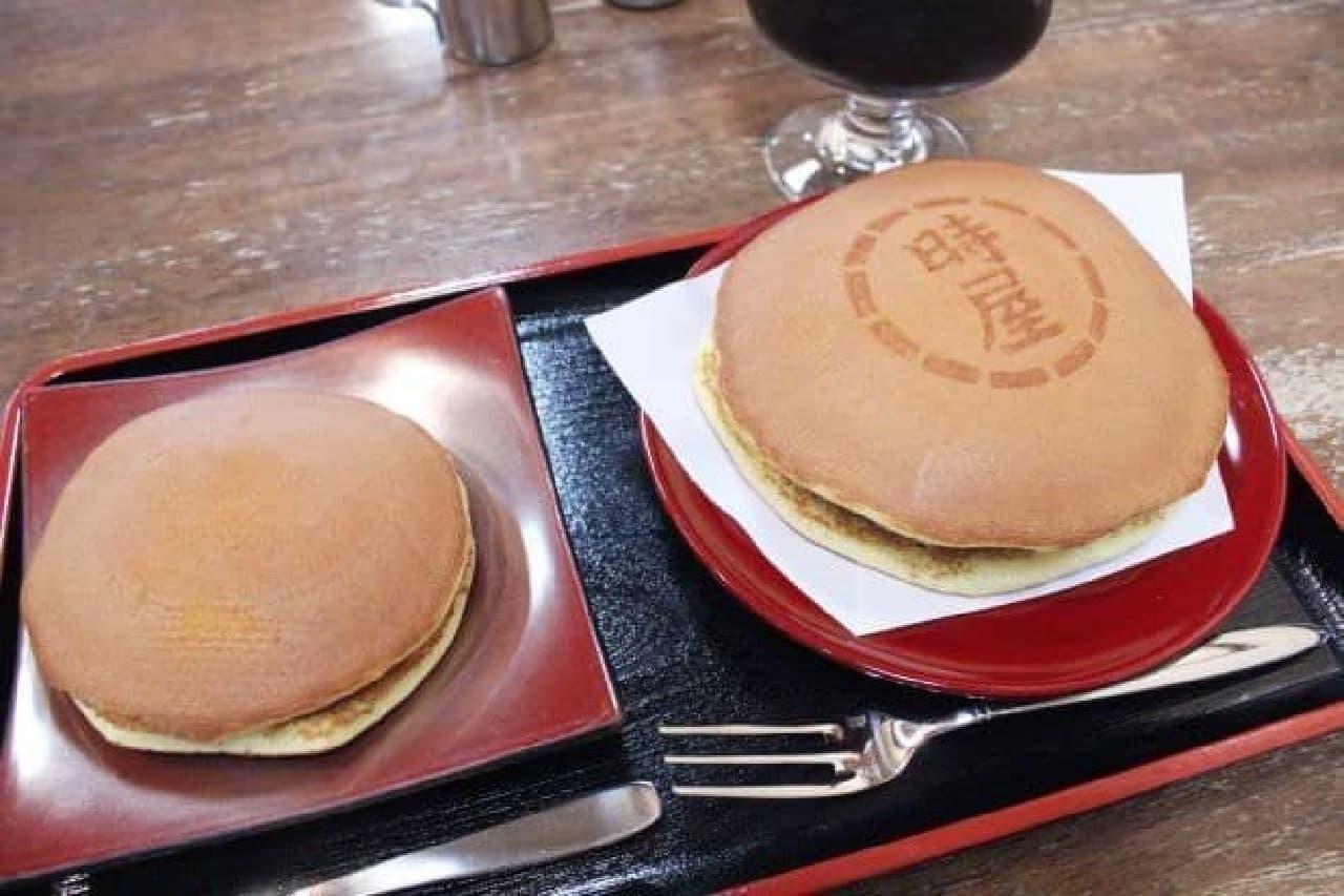 新宿「時屋」で注文した「生クリームどら焼き」と「小どら焼き」