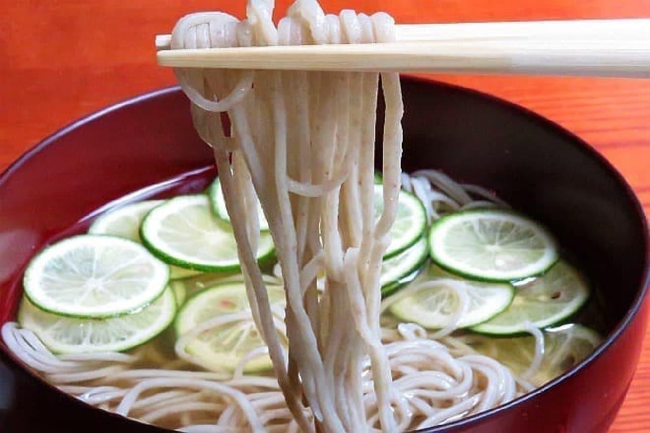 東京 土山人「冷やかけすだち蕎麦」