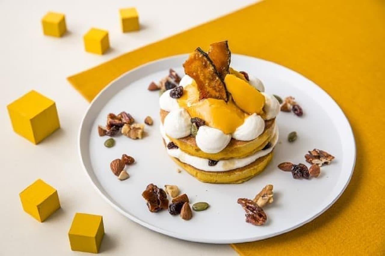 J.S. PANCAKE CAFE「黄金かぼちゃプリンのパンケーキ」