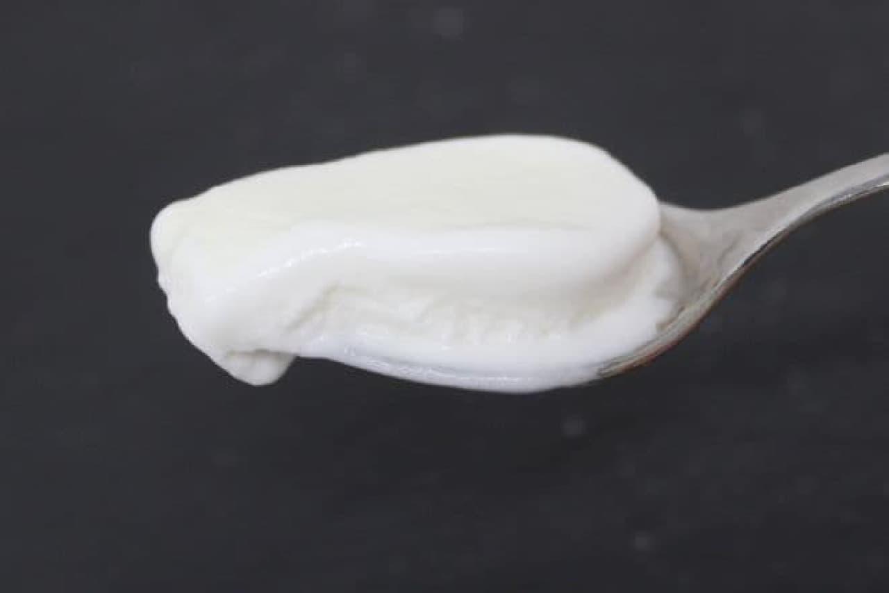 岩泉ファーム「牛乳アイスモナカ」は岩手県産の牛乳をたっぷり使用したアイスモナカ